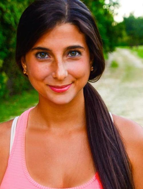 The Raw Food Blogger Whose Eyes Changed Color, Part 2