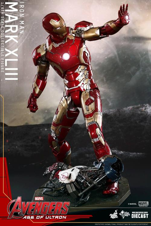 New Hints About the Iron Man Suit's Awesome Upgrade in 'Avengers: Age of Ultron'
