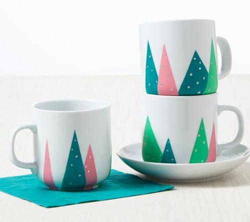 festive tree design mugs