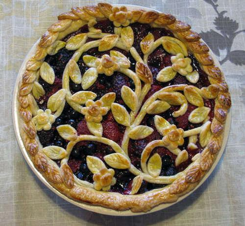 7 Amazing Pie Crust Designs That Will Blow Your Mind