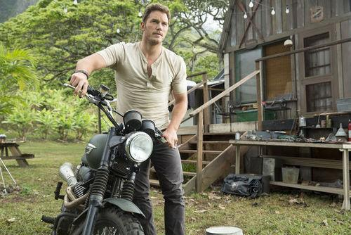 New 'Jurassic World' Photos Show a Revved-Up Chris Pratt