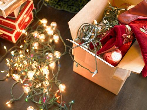 7 Tips for Packing Up Your Holiday Decorations for Next Year