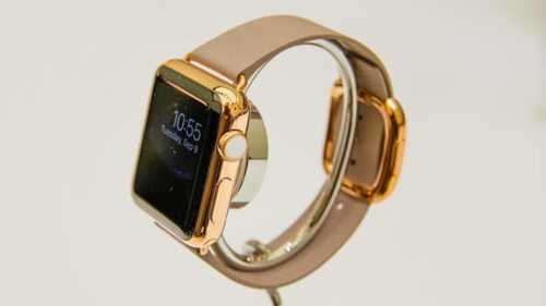 A Guide to Apple Watch Etiquette: How Not to Be a Watchbag