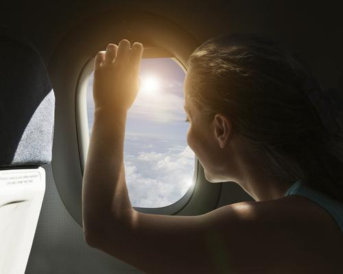 How One Woman Used Twitter to Ease Her Fear of Flying