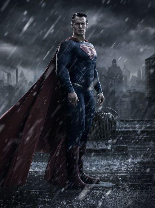 First Look At Henry Cavill's Man Of Steel From Batman V Superman: Dawn Of Justice