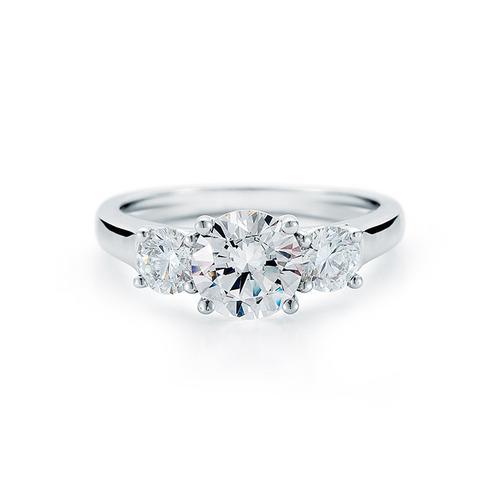 10 Gorgeous Engagement Rings for $5 000 or Less
