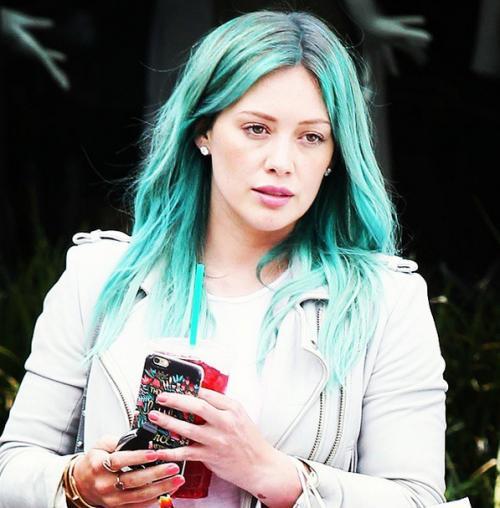 Hilary Duff Goes Mermaid Green Hilary Green Instagram
