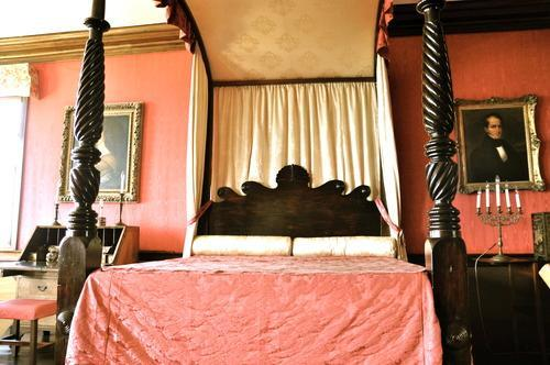 bedroom at rose hall haunted jamaica