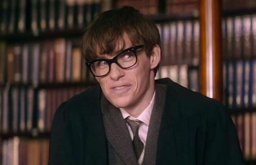 'The Theory of Everything' Star Eddie Redmayne Talks About Meeting Stephen Hawking and Why the Role Terrified Him