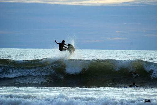 Hang Ten! Easy Surfing Vacations from Costa Rica to California
