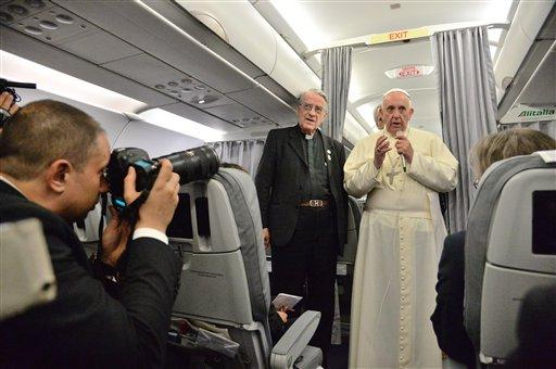 78b7b15e196d03ca0809fb26da87cc071d2f9143 - The Pope Flies Commercial - Travel and Tours
