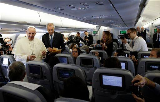 7d2fd4f6c38e6fa3ede37e250946ba9402c1422f - The Pope Flies Commercial - Travel and Tours