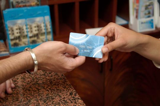 how to use otel international card