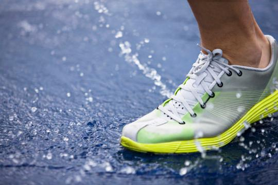 The Best Running Shoes for Your Feet, According to Science