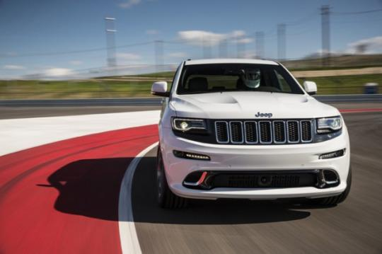 sources 707 hp jeep grand cherokee hellcat coming soon. Black Bedroom Furniture Sets. Home Design Ideas