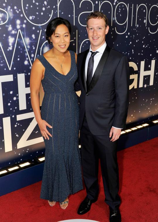 Mark Zuckerberg andPriscilla Chan Announce Pregnancy