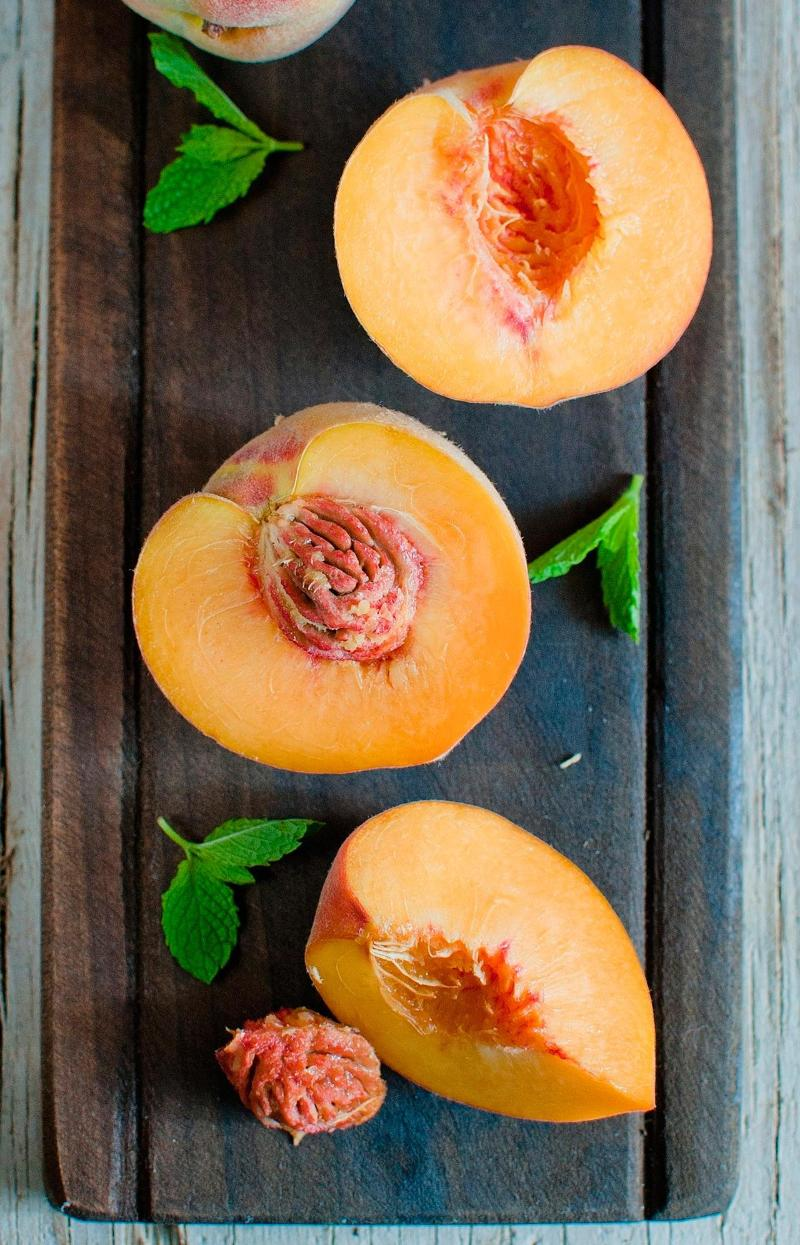 The Best Way to Peel Those Peaches (and Tomatoes)