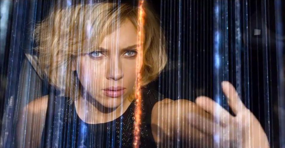 WINNER: Scarlett Johansson
