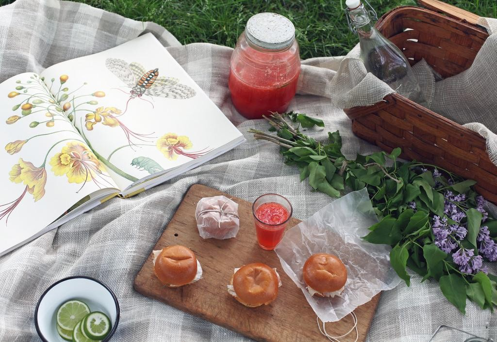 The Easiest, Prettiest Summer Party Recipes