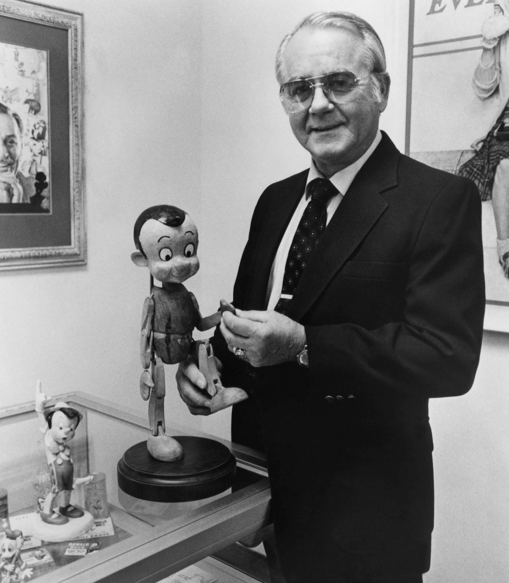 Richard Percy Jones, Voice of Pinocchio, Dies at 87