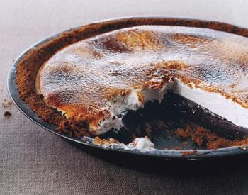 S'mores Pie, Because It's Monday