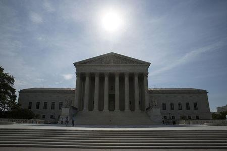 Police Need a Warrant Before Searching Your Cellphone, Supreme Court Rules
