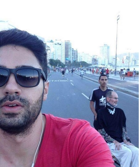 Selfie Sparks Theories That Steve Jobs Is Alive, Hiding in Brazil [UPDATE: He Isn't]