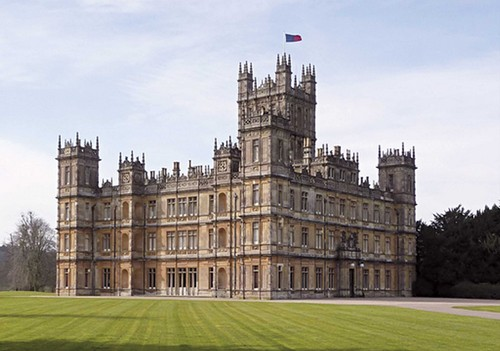 Completely Crazy? Would You Pay $16,900 to Spend a Night in Downton Abbey?