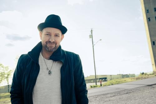 Country Superstar Kristian Bush's 6 Favorite Breakfast Joints on the Road