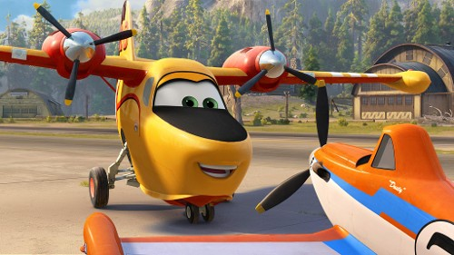 Julie Bowen Goes 'Bonkers' in the New 'Planes: Fire and Rescue' Trailer