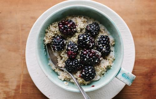 9 Ways You're Screwing Up Oatmeal
