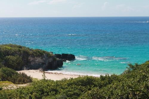 Stay Away From Horseshoe Bay! The Perfect 12 Hours in Bermuda