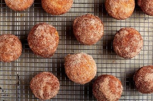 A Doughnut-Muffin Hybrid? Yes, Please