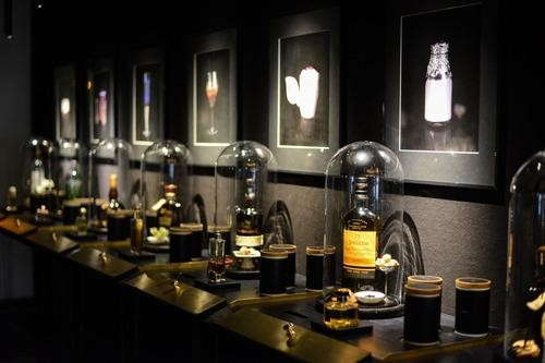 World's First Perfume-and-Cocktail Bar Hits Berlin