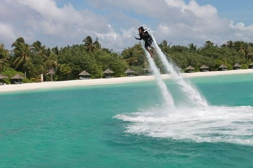 To Jetpack or Not to Jetpack on Vacation
