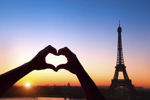 #RealTravel: This Couple Met and Fell In Love in Paris