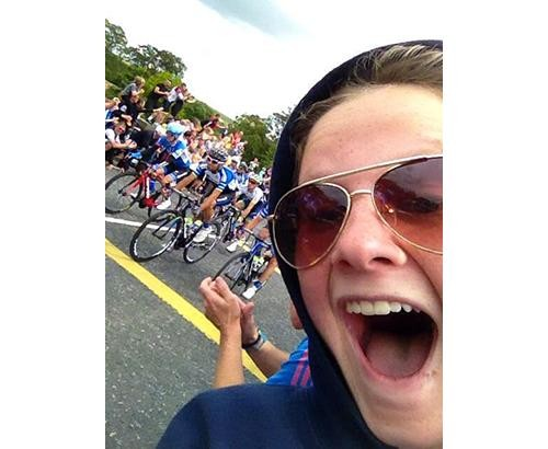 Selfies Becoming a 'Pain in the Arse' for Riders at the Tour de France