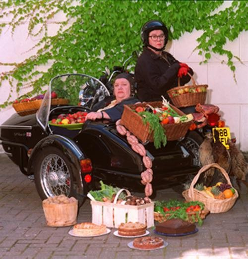 "The 7 Most Important Things We Learned From the ""Two Fat Ladies"""