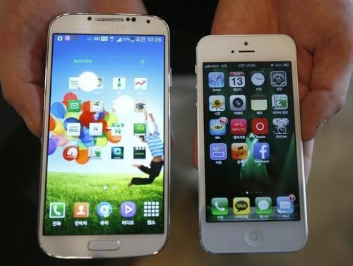 U.S. Jury Says Samsung, Apple Both Infringed Patents