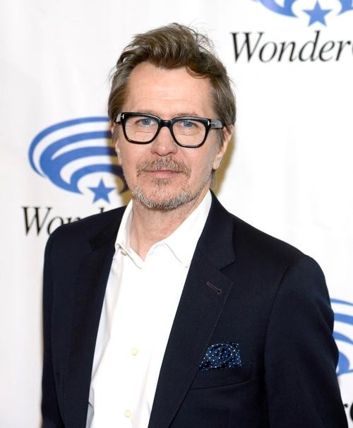 Gary Oldman's Manager Defends Controversial Interview