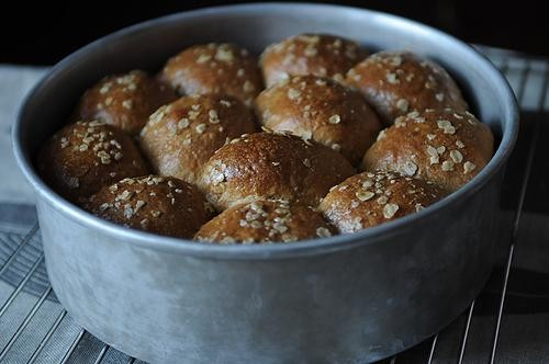 Oatmeal-Molasses Rolls, Because It's Monday