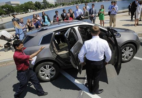 Rudderless Congress Breaks Driverless Car