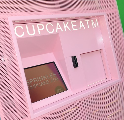 A Day in the Life of a Cupcake Vending Machine