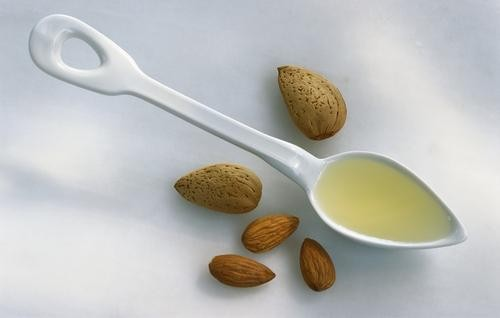 The Sweet Benefits of Almond Oil