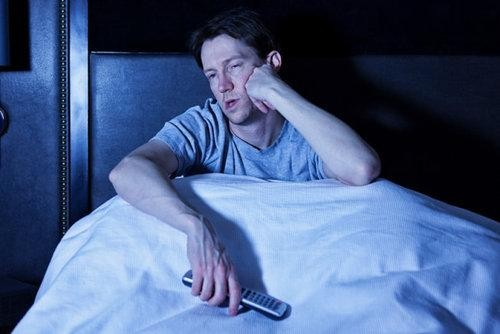 How a Lack of Sleep Can Hurt Your Finances