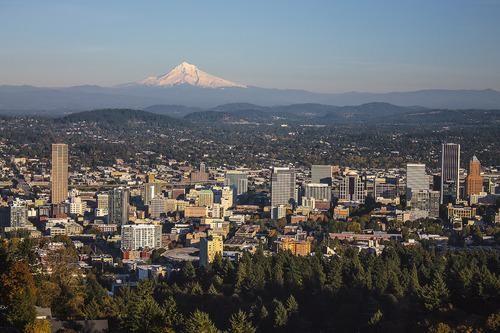 Thursday Night: Portland, Oregon