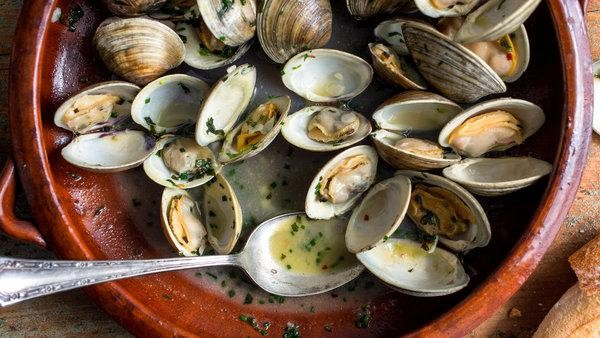 Steamed Clams with Spring Herbs