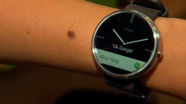 WATCH: Moto 360, A Sleek, Circular Smartwatch with Android Wear