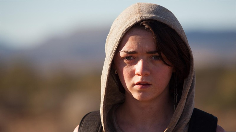 'Game of Thrones' Star Maisie Williams Makes Her Big-Screen Debut in First Trailer for 'Heatstroke'