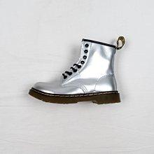 Dr. Martens 1460 8孔 銀色 硬皮 短筒 經典款 馬汀靴 男女鞋
